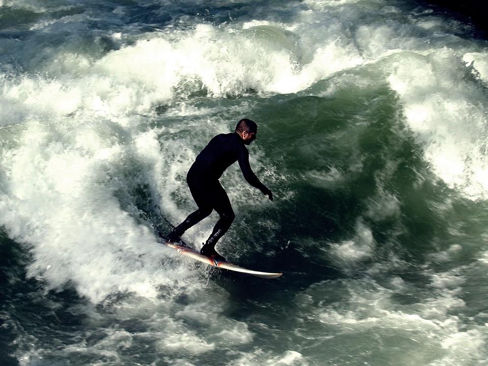 surfer-583983_960_720